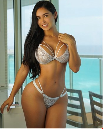 Escort Cannes, Escort Eva, Cannes | 26 year old Female escort