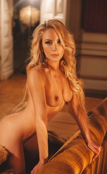 Escort Bologna, Escort Bologna, ElonaSex | 25 year old Female escort