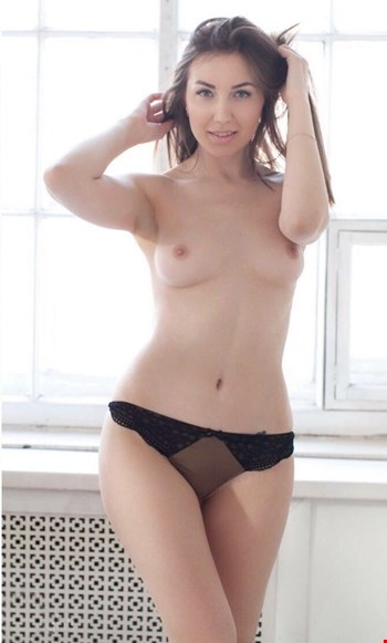 Escort Oslo, Escort Barbara, Oslo | 21 year old Female escort