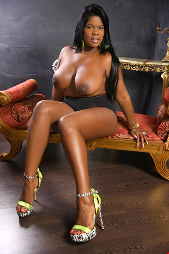 Escort Aix-En-Provence, lisa  taylor, escort Aix-En-Provence | 29 year old Female escort