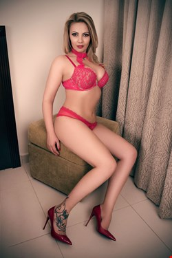 Escort Cannes, Fabiana, escort Cannes | 29 year old Female escort