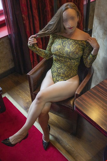 Escort Prague, Escort Czech Louise Pearl, Prague | 29 year old Female escort