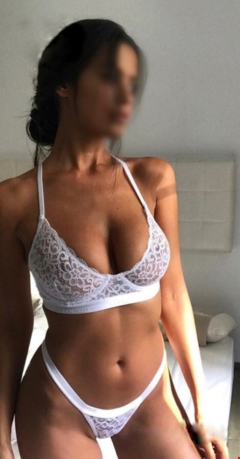 Escort Vilnius, Escort Monica, Vilnius | 27 year old Female escort