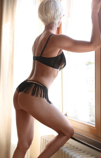 Escort Brussels, Linea, escort Brussels | 38 year old Female escort