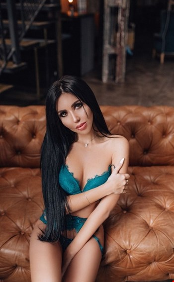 Escort Bologna, Escort Bologna, HilariSexyGirl | 24 year old Female escort