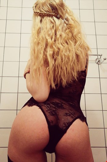 Escort Helsinki, Escort Sara, Helsinki | 21 year old Female escort