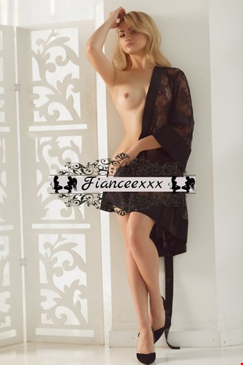 Escort Saint Petersburg, Escort Tanya, Saint Petersburg | 21 year old Female escort
