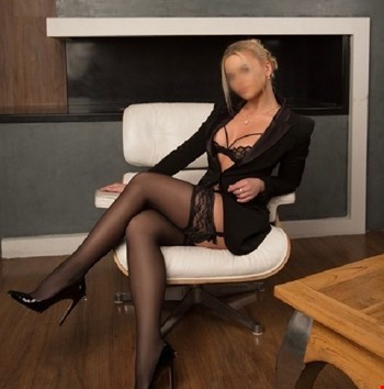 Escort Berlin, Escort Fiona, Berlin | 28 year old Female escort