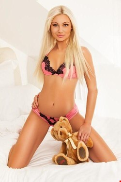 Escort Cannes, Escort Anastasia, Cannes | 20 year old Female escort