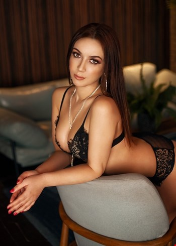 Escort Bologna, Escort TayaSexy, Bologna | 24 year old Female escort