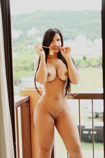 Escort Sliema, Escort Aghata Lisboa, Sliema | 23 year old Female escort