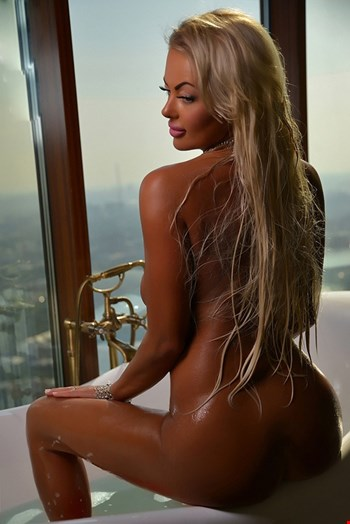 Escort Limassol, Escort Anna, Limassol | 26 year old Female escort