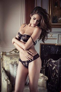 Escort Ancon, Laura, escort Ancon | 32 year old Female escort