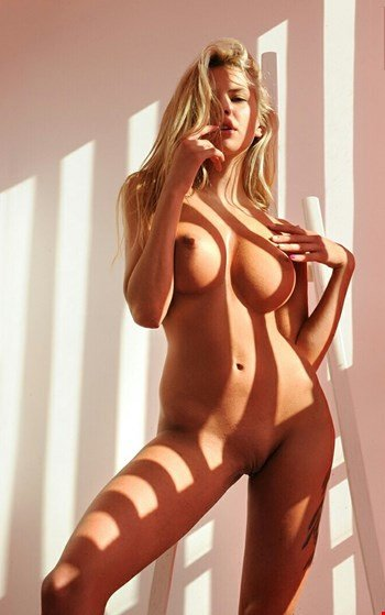 Escort Cannes, Escort Jessi, Cannes | 22 year old Female escort