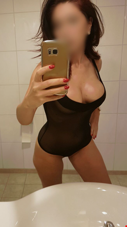 Escort Reykjavik, Escort Reykjavik, karmen new in town | 29 year old Female escort