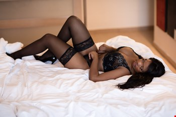 Escort Mallorca, Escort Mallorca, Carine | 22 year old Female escort