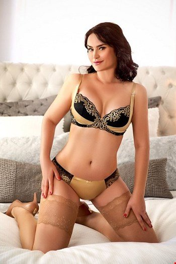 Escort London, Escort Alexandra, London | 35 year old Female escort
