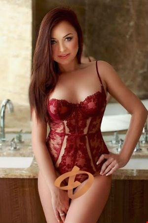 Escort Barcelona, Escort Ellie, Barcelona | 21 year old Female escort