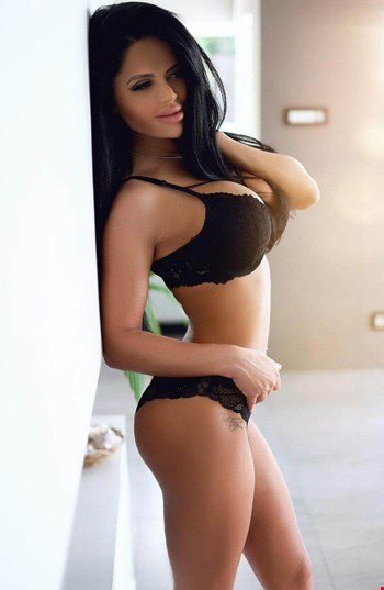 Escort Amsterdam, Escort Bevy, Amsterdam | 24 year old Female escort
