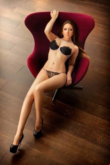 Escort London, Escort Farida, London | 23 year old Female escort