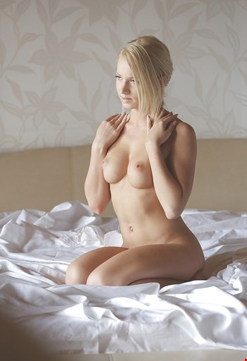 Escort Prague, Escort Lily, Prague | 21 year old Female escort
