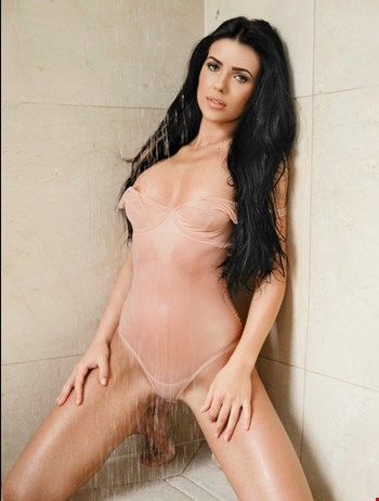Escort Amsterdam, Escort Eva, Amsterdam | 21 year old Female escort