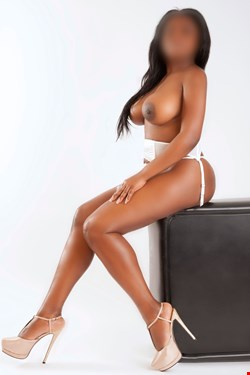 Escort Alicante, Lilly, escort Alicante | 28 year old Female escort