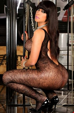 Escort London, LUANA XL SHEMALE, escort London | 25 year old Female escort