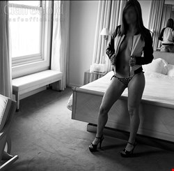 Escort Berlin, Claire Gold, escort Berlin | 26 year old Female escort