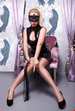Escort Vienna, Angela Domina 33, escort Vienna | 33 year old Female escort