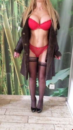 Escort Marseille, angiedusud, escort Marseille | 41 year old Female escort