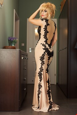 Escort Cannes, Luxury Natural Lady, escort Cannes | 33 year old Female escort