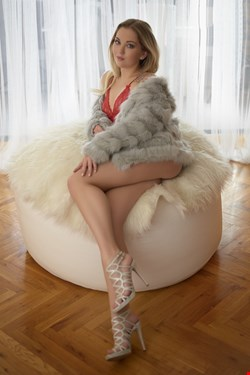 Escort Nice, Alex, escort Nice | 18 year old Female escort