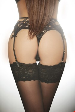 Escort Dusseldorf, Pia, escort Dusseldorf | 24 year old Female escort